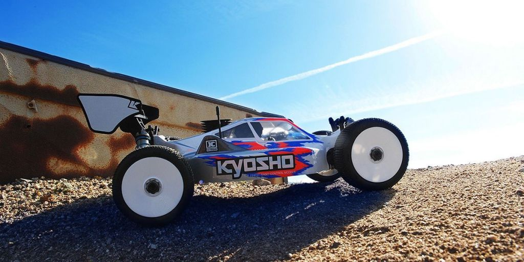 33015B - KYOSHO INFERNO MP10