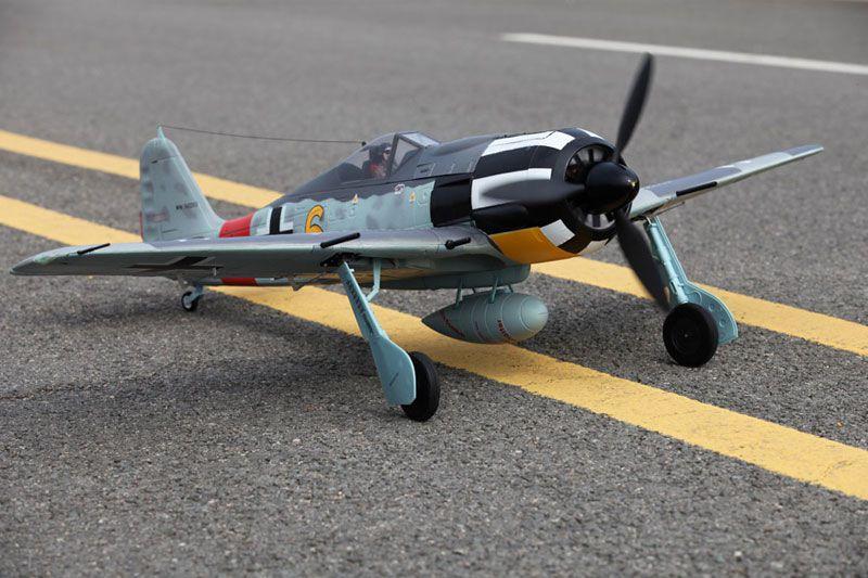 "FS0152Y FMS Avion FW-190 \""Yellow 6\"" PNP env.1.40m"