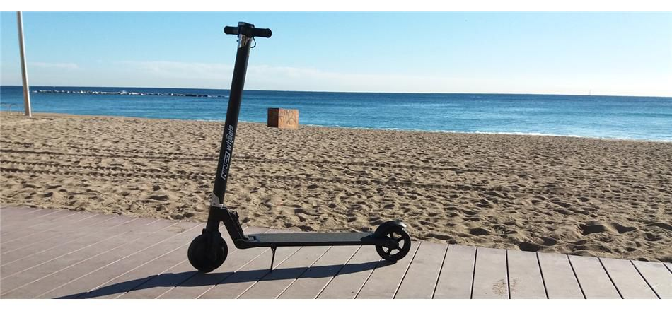 Trottinette électrique pliable - E-Scooter Lightned - NINCO - NH33005